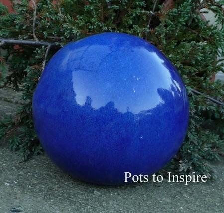 Blue glazed sphere ball garden ornament woodside garden for Sphere garden design