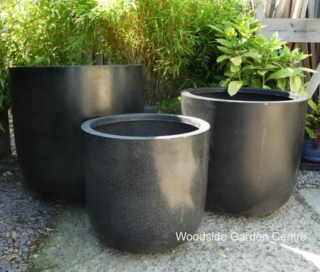 extra large apta studio lite black egg pots woodside