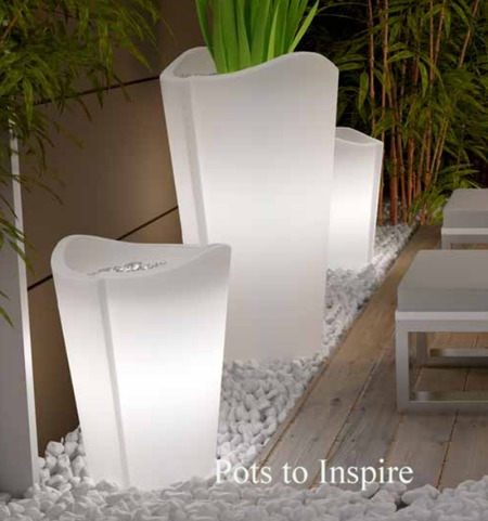 Contemporary Extra Large Lightweight Planter With Light Woodside