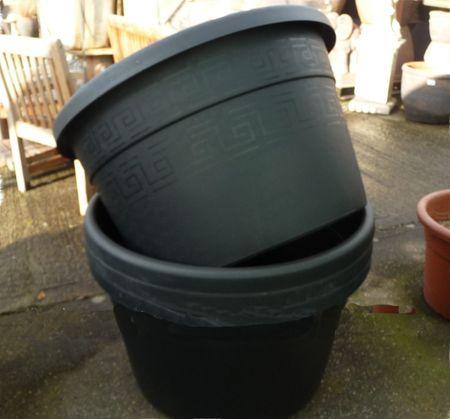 Extra Large 170 Ltr Black Plastic Pot Woodside Garden Centre