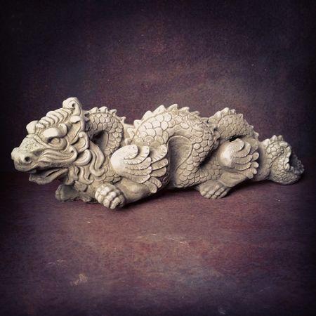 Sparta Chinese Dragon Statue Stoneware, Stone Dragon Garden Ornaments Uk